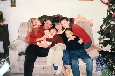 Keith and Nancy Johnson with their five kids
